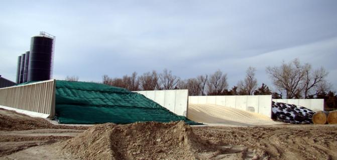 grain-bunker-18