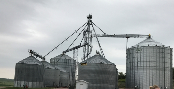 How Does it Work: Grain Elevators | Iowa Agriculture Literacy