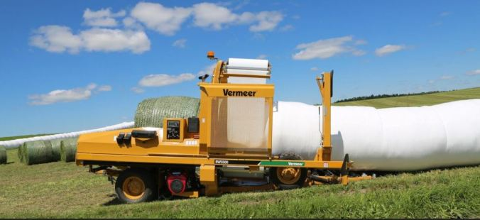 plastic wrapped bales - https://www.makinhay.com/would-you-like-netwrap-twine-or-plastic-with-your-bale/