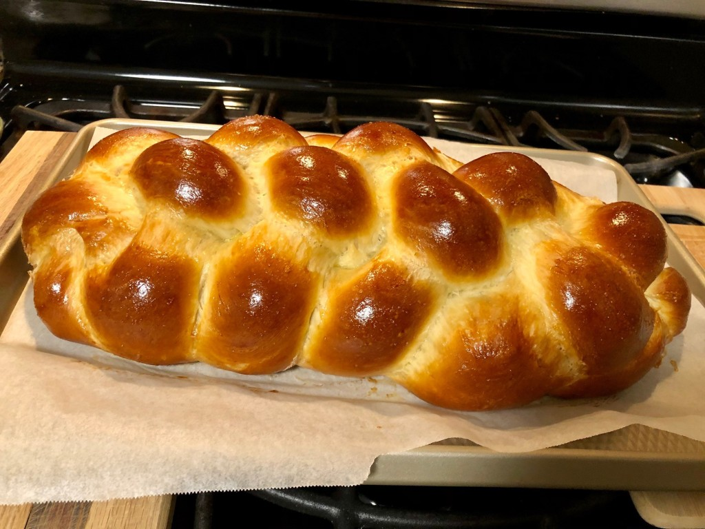 This image has an empty alt attribute; its file name is challah.jpg